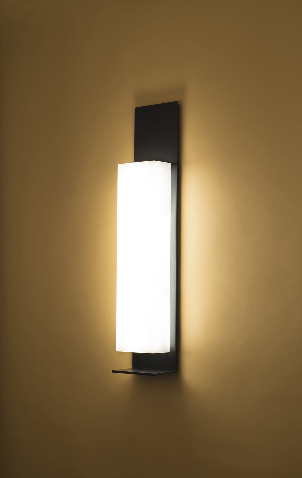 Miami Sconce small.jpg