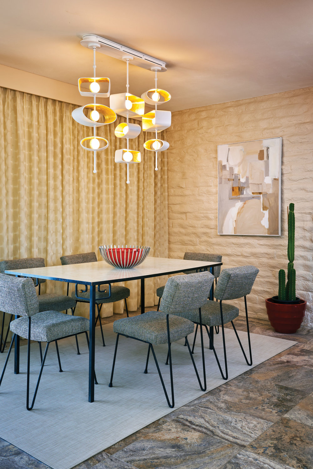 Totem Linear Pendant_Boyd Lighting_Palm Springs dining room