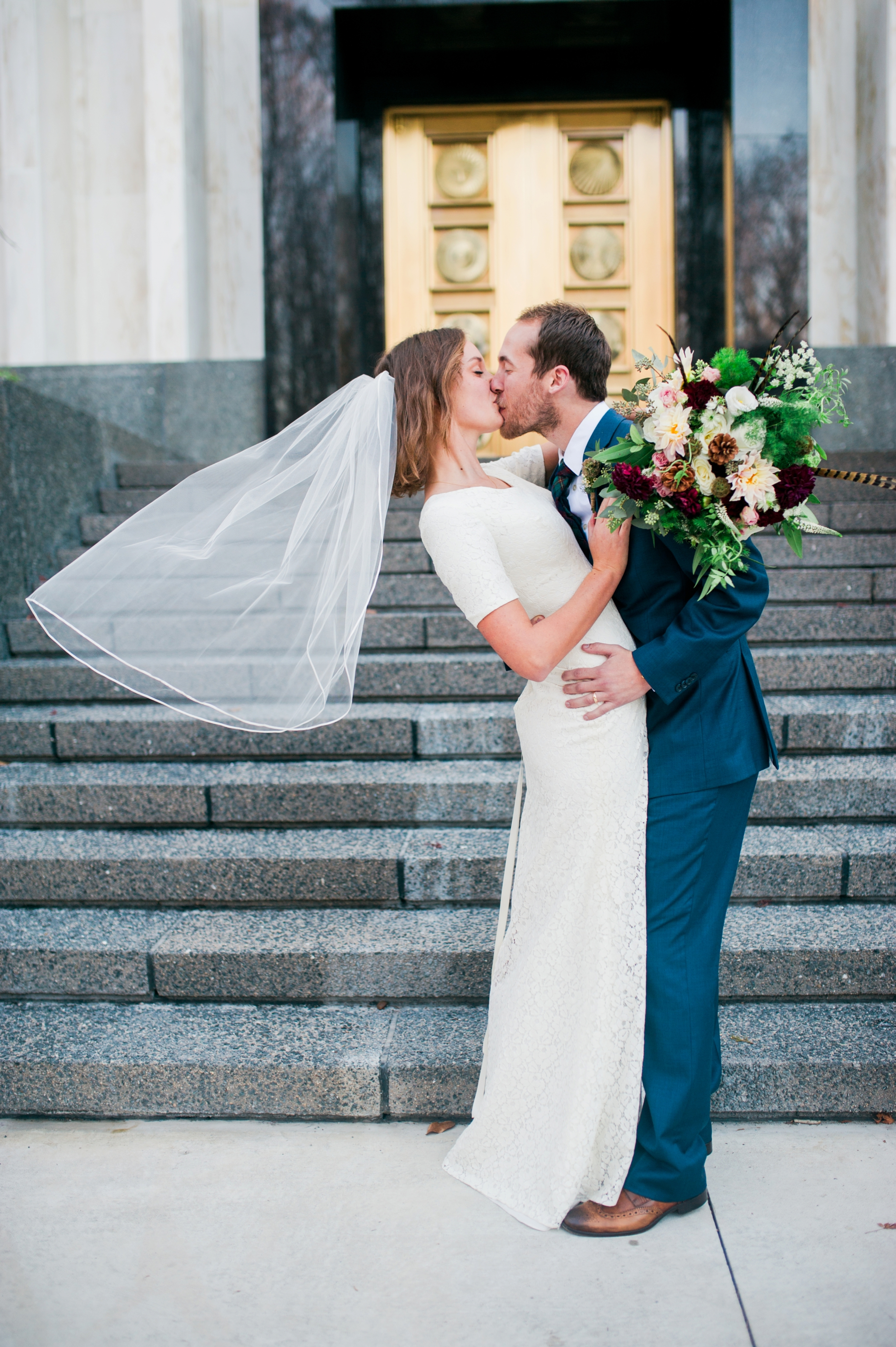 Romantic Washington DC Wedding at LDS Mormon Temple by Katie Vee Photography