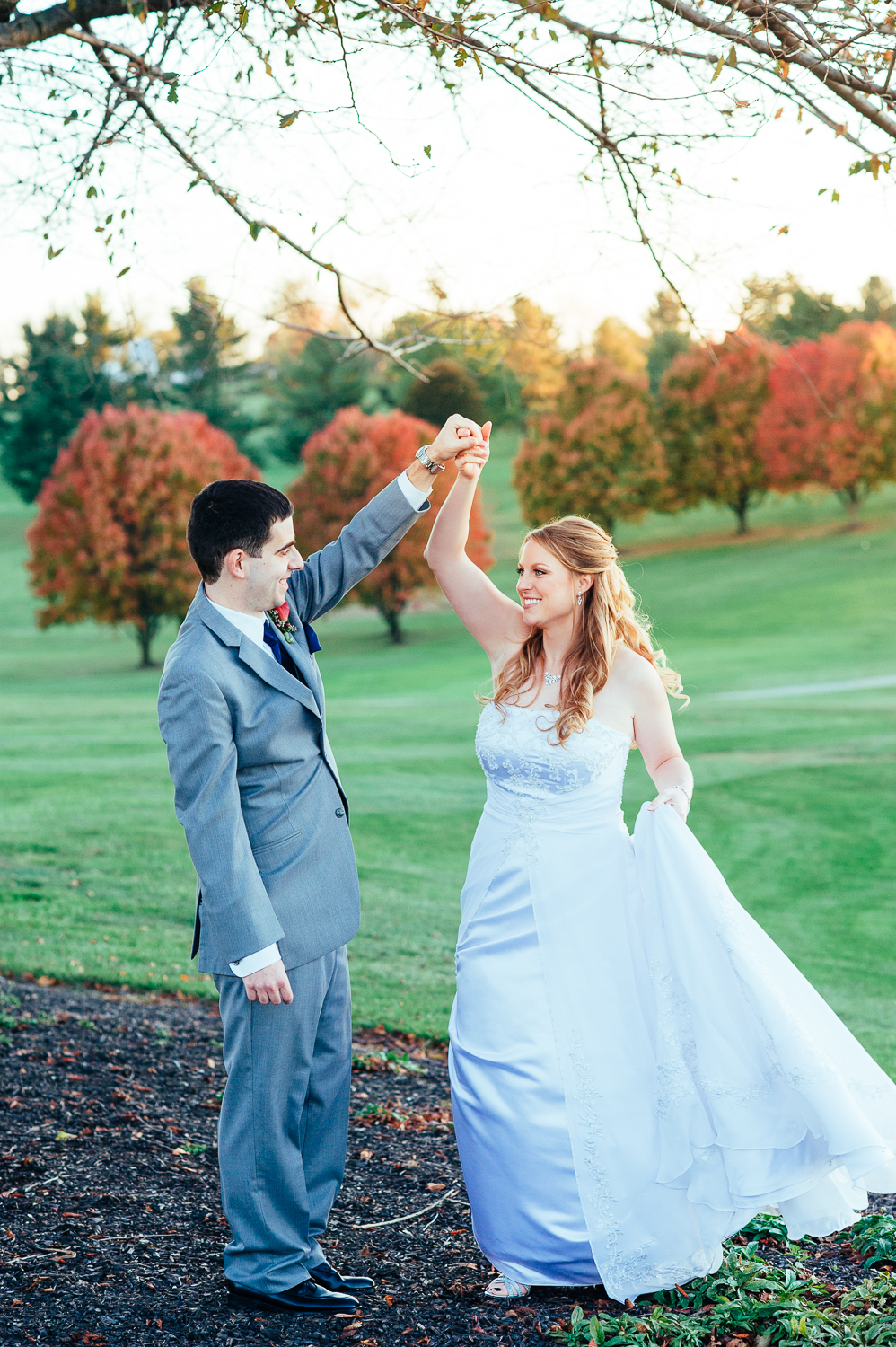romantic-fall-wedding-piney-branch-maryland-1.jpg
