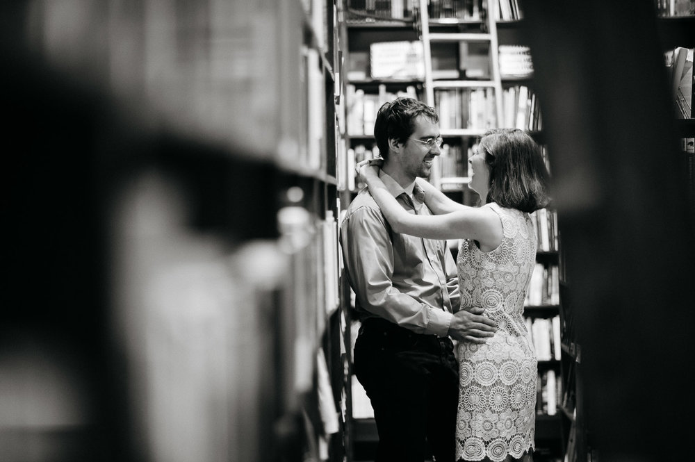 baltimore-red-emmas-bookstore-city-engagement-photography-1.jpg