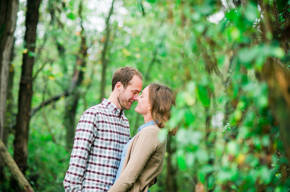 romantic-LDS-engagement-outdoor-maryland-02.jpg