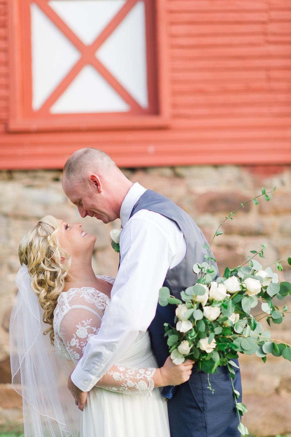 courthouse wedding intimate ceremony maryland photography offbeat