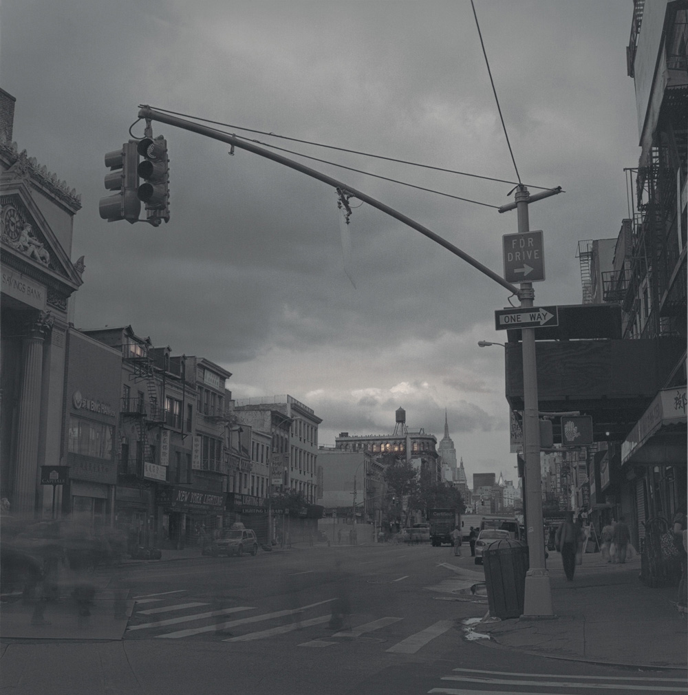 Streetlight on Bowery, 2010
