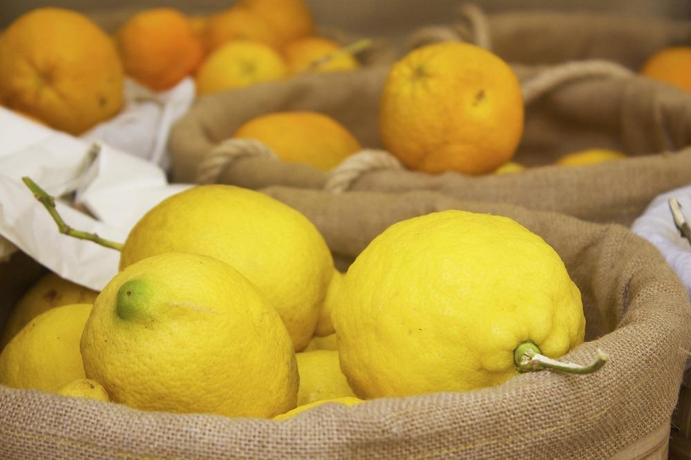 lemons-812069_1280.jpg