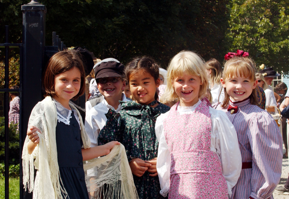 2003 Victorian Festival - kid shots-sf 011.jpg