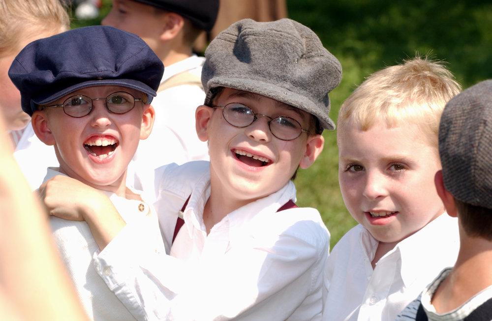 2003 Victorian Festival - kid shots-sf 008.jpg