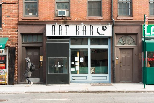 Art Bar, Village mainstay with comfortable, dimly lit back room offers cocktails & bar food . . . . #krny #westvillage #architecture #nyc #newyork #what_i_saw_in_nyc #instanyc #instagramnhc #ig_nycity
