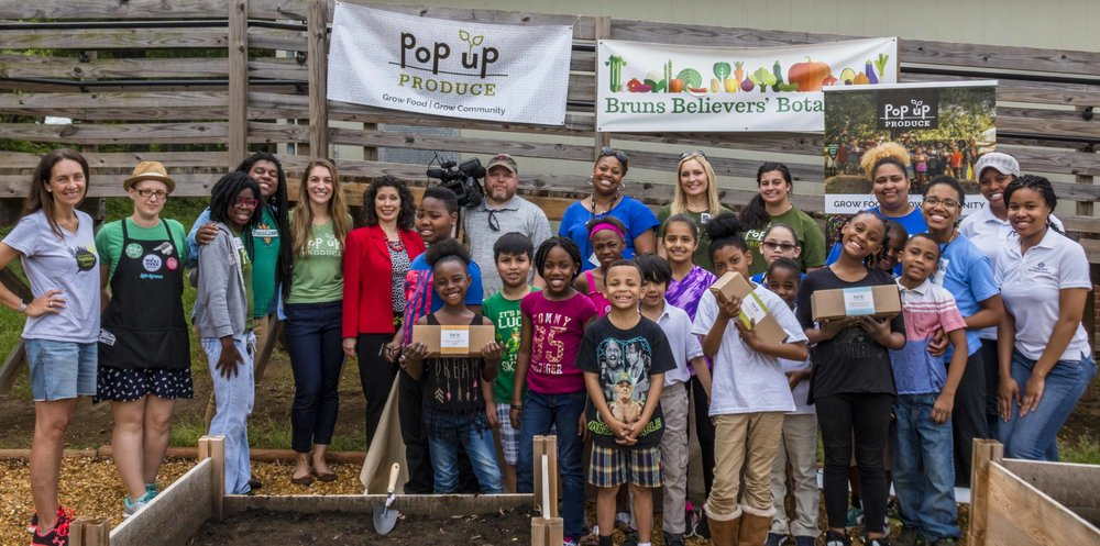 Pop Up Produce - Bruns Planting with PBS (26 of 31).jpg