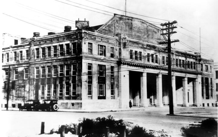 Astoria Studios in the 1920s   via