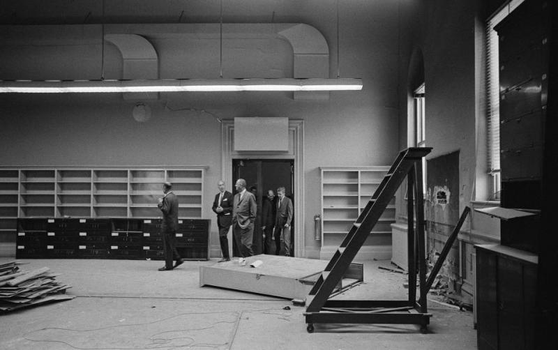 Lyndon B Johnson tours the Renwick in 1965   via