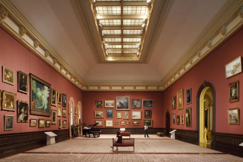 The Grand Salon in 2009   via