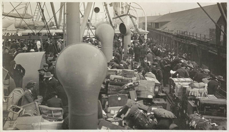 Japanese immigrants arrive in America aboard the SS Manchuria, c. 1895-1906  via