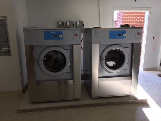 Two W5240H high speed washers.