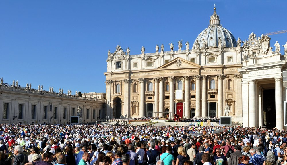 St. Peter's Basilica - Attend a Papal audience