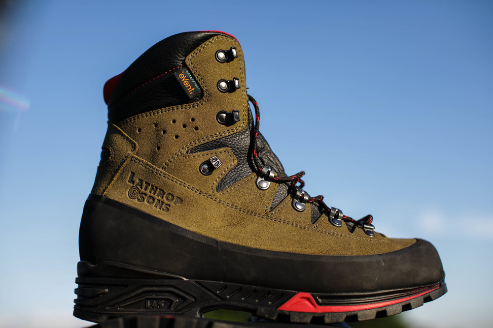 The Mountain Hunter series boots are hand-made in Italy.