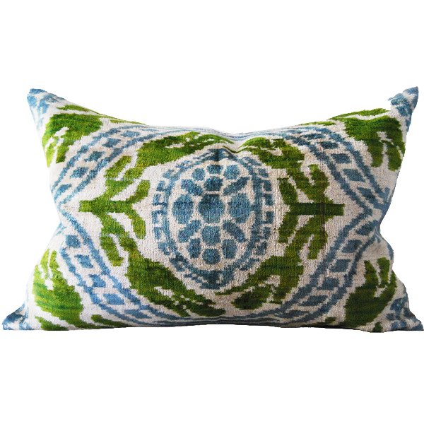 MANISA SILK VELVET CUSHION | Cultiver