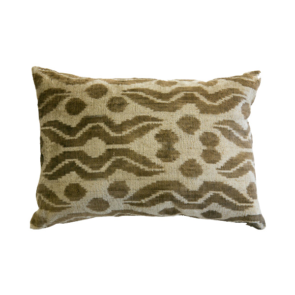 MUSA SILK VELVET CUSHION | Cultiver