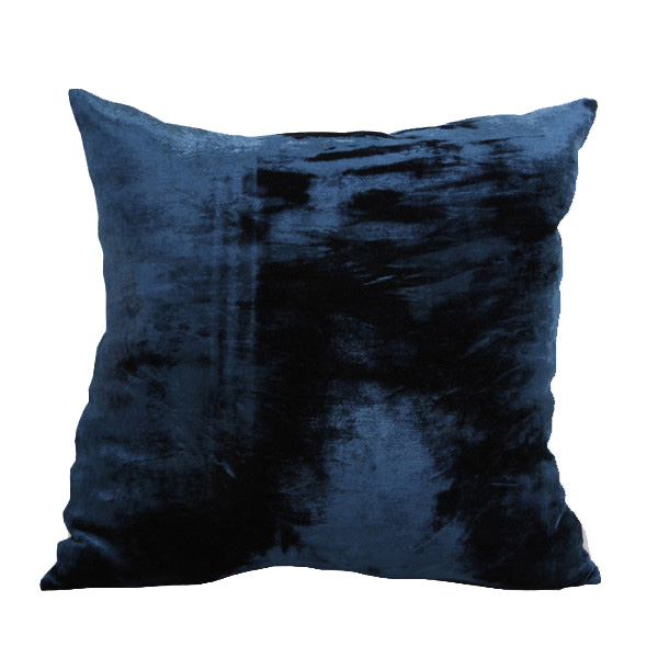MAVI SILK VELVET CUSHION | Cultiver