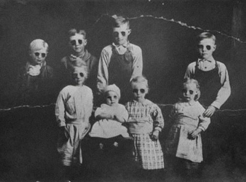 Image found at http://burialday.com/blog/31-days-halloween-day-4-black-eyed-children