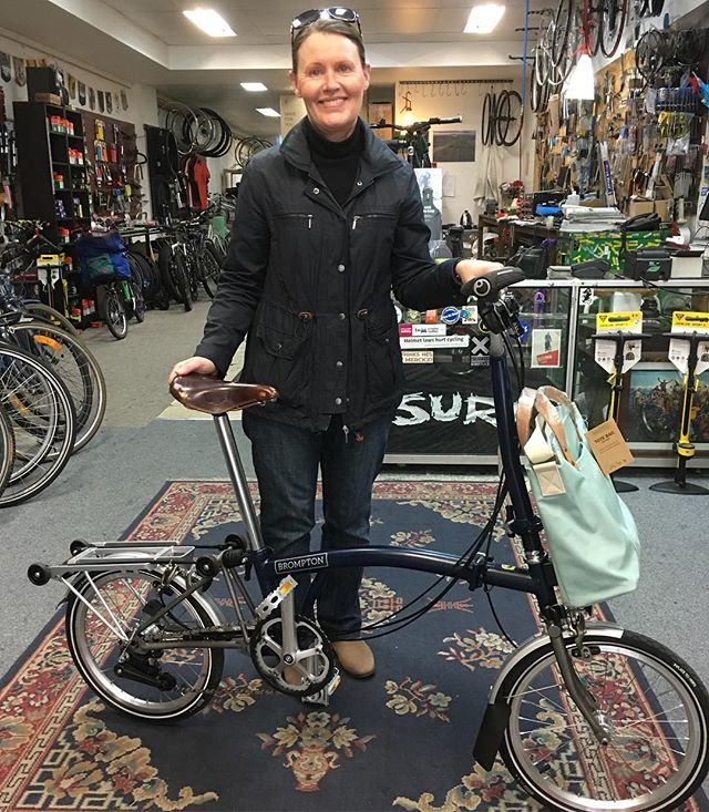 Christine and her classy new Titanium Tempest #bromptonbicycle #bromptonsundays . So good!!