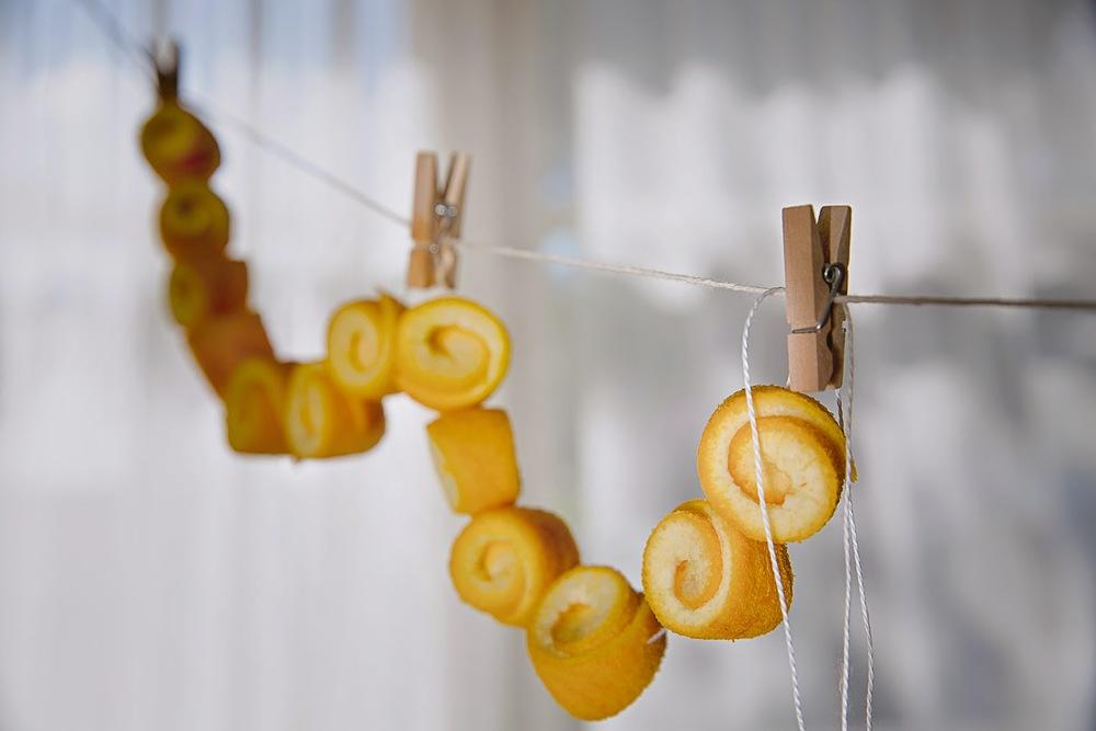 OrangePeels_SpoonSweets_Gliko_Sladko_WhiteThread_GoldenEarNeedle_StringOfOrangePeelsBeads_WashingLine_Pegs_SophiaTerraZiva