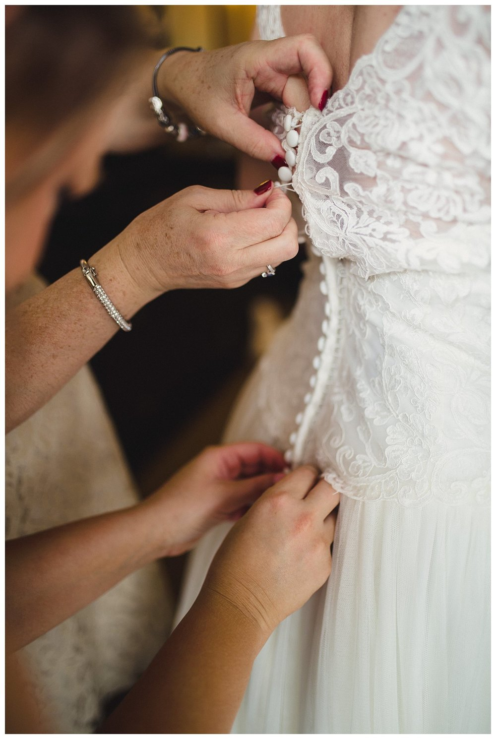 Kelsey_Diane_Photography_Loose_Mansion_Wedding_Photography_Kansas_City_Victor_Lyndsay_0310.jpg
