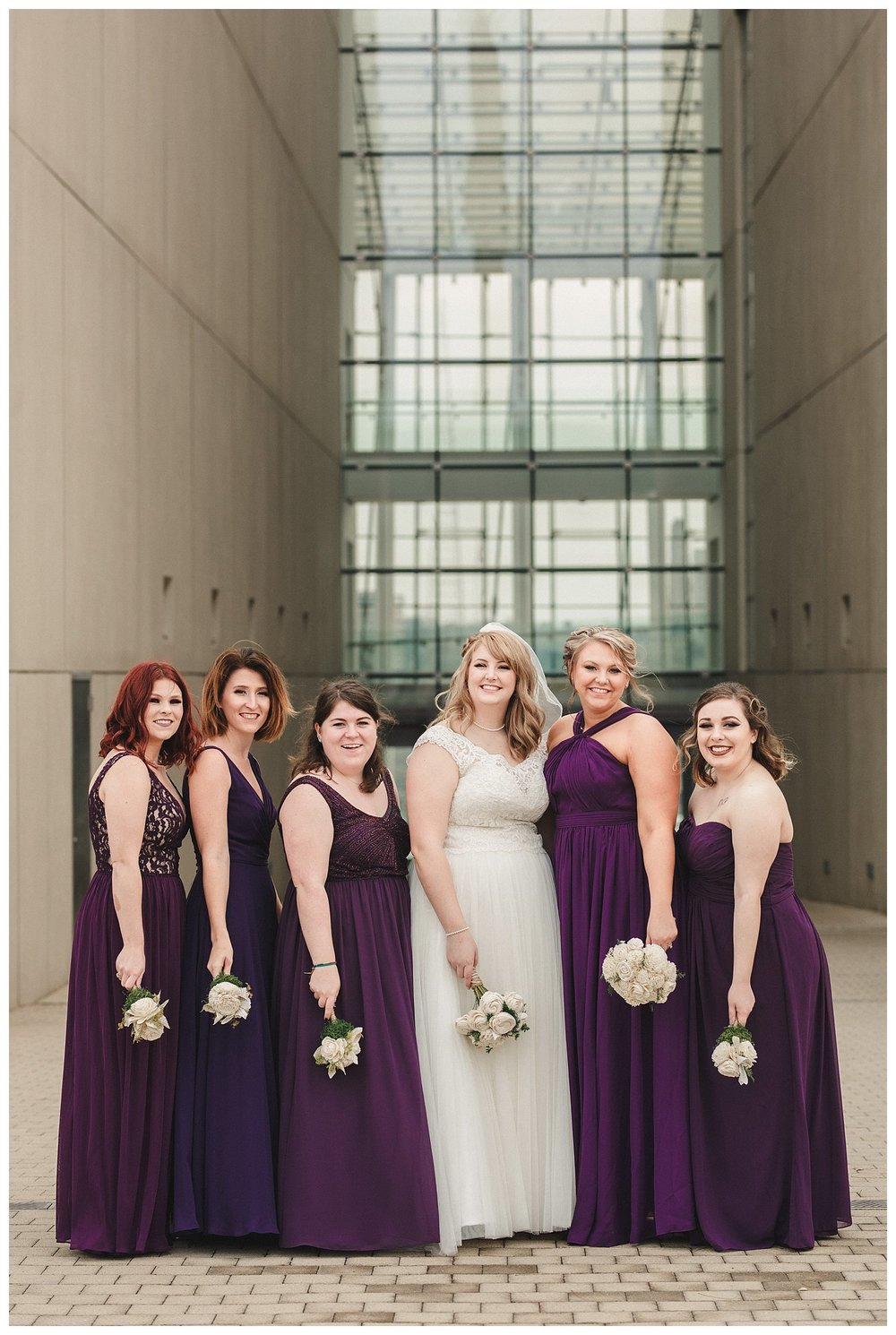 Kelsey_Diane_Photography_Loose_Mansion_Wedding_Photography_Kansas_City_Victor_Lyndsay_0348.jpg