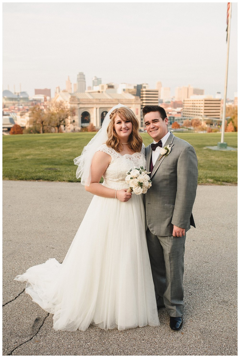 Kelsey_Diane_Photography_Loose_Mansion_Wedding_Photography_Kansas_City_Victor_Lyndsay_0369.jpg