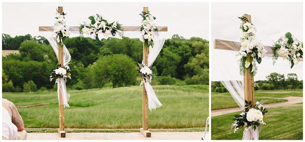 Tiffany_Greens_Golf_Club_Kansas_City_Wedding_Nikki_David_Spring_Wedding_Kelsey_Diane_Photography_0026.jpg