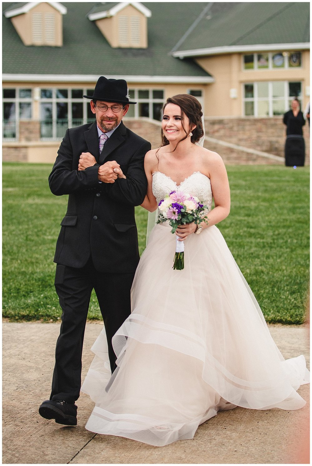 Tiffany_Greens_Golf_Club_Kansas_City_Wedding_Nikki_David_Spring_Wedding_Kelsey_Diane_Photography_0029.jpg