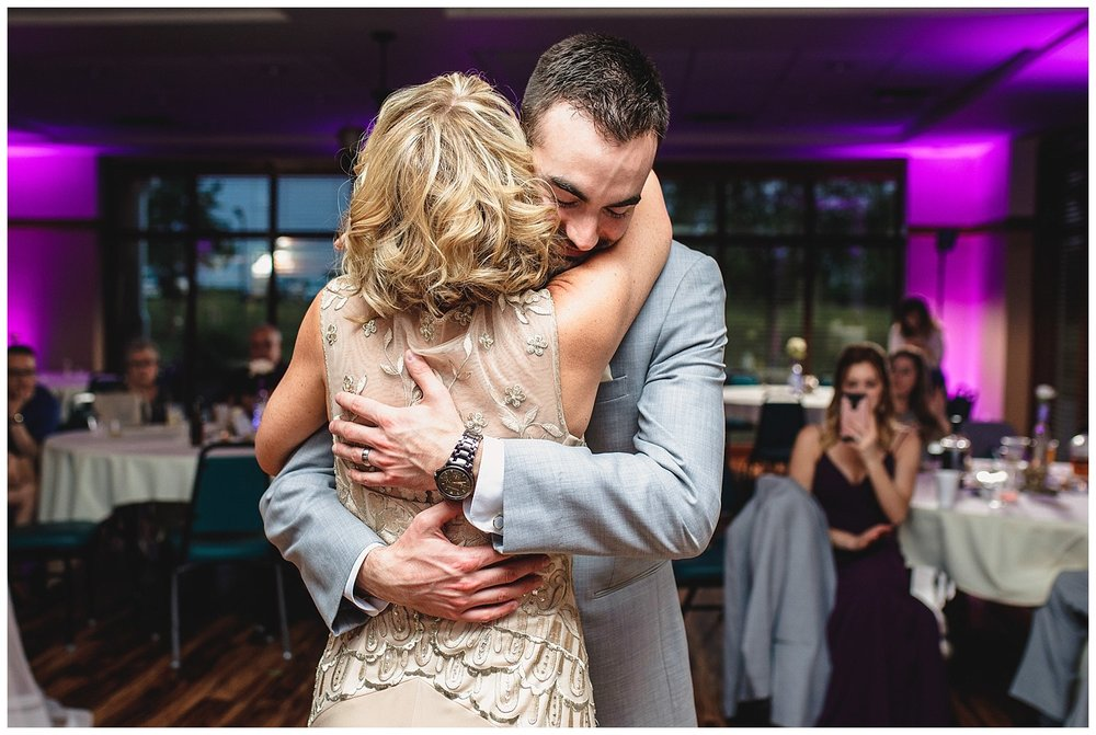 Tiffany_Greens_Golf_Club_Kansas_City_Wedding_Nikki_David_Spring_Wedding_Kelsey_Diane_Photography_0099.jpg