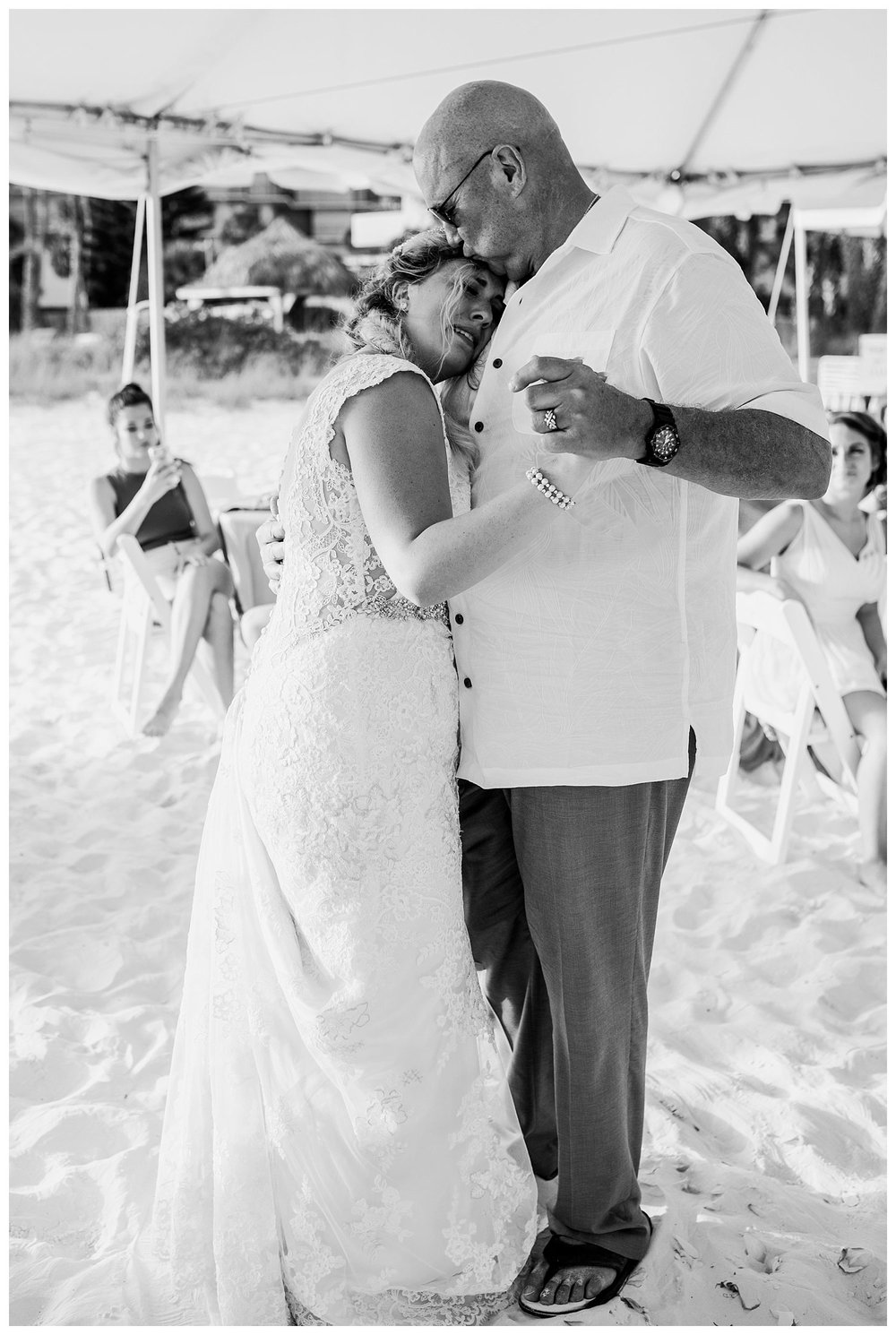 Kelsey_Diane_Photography_Destination_Wedding_Sarasota_Florida_Beach_Wedding_Alex_Austin_0669.jpg