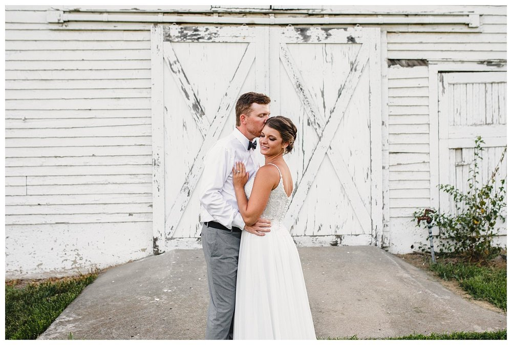 Kelsey_Diane_Photography_Kansas_City_Engagement_Wedding_Photographer_Midwest_Traveling_Missouri_Lee_Andrew_Hall_And_Garden_Blue_Springs_Wedding_Clayton_Kimberly_Summer_Wedding_0864.jpg