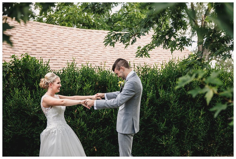 Kansas_City_Wedding_Photographer_Engagement_Kelsey_Diane_Photography_Midwest_Traveling_The_Legacy_At_Green_Hills_Summer_Wedding_0918.jpg