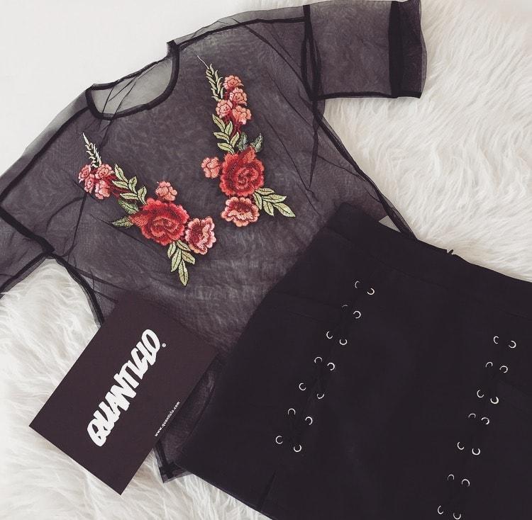 QUANTICLO HELEN CLOTHING.jpg