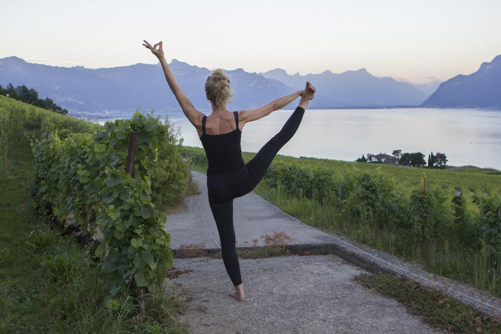 sophie-davenia-yoga-lac.jpg