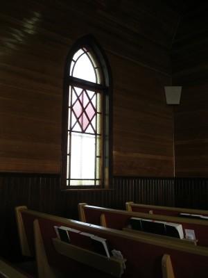 unsplash_empty_church-e1448053182363.jpeg