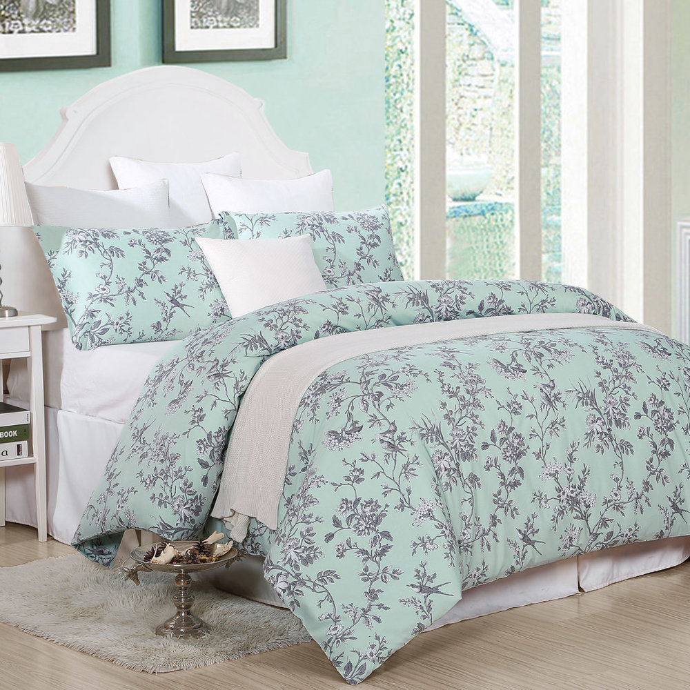 Romantic floral duvet cover