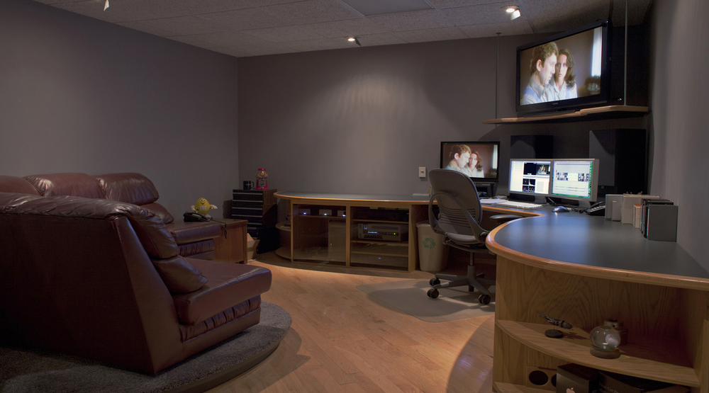 Our 4K/UHD edit suite, by itself, will make you happy you chose WaveGuide Studios.  We've actually had clients offer to rent it as living space.  But if we did that, you couldn't come and enjoy our first-rate editing talent and tools.
