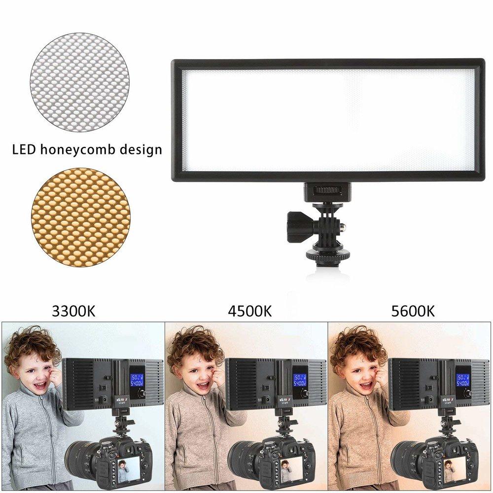 Luz para video - Utilizo esta luz para grabar videos y lives. Me gusta porque tiene luz cálida y fría además de ser pequeña.