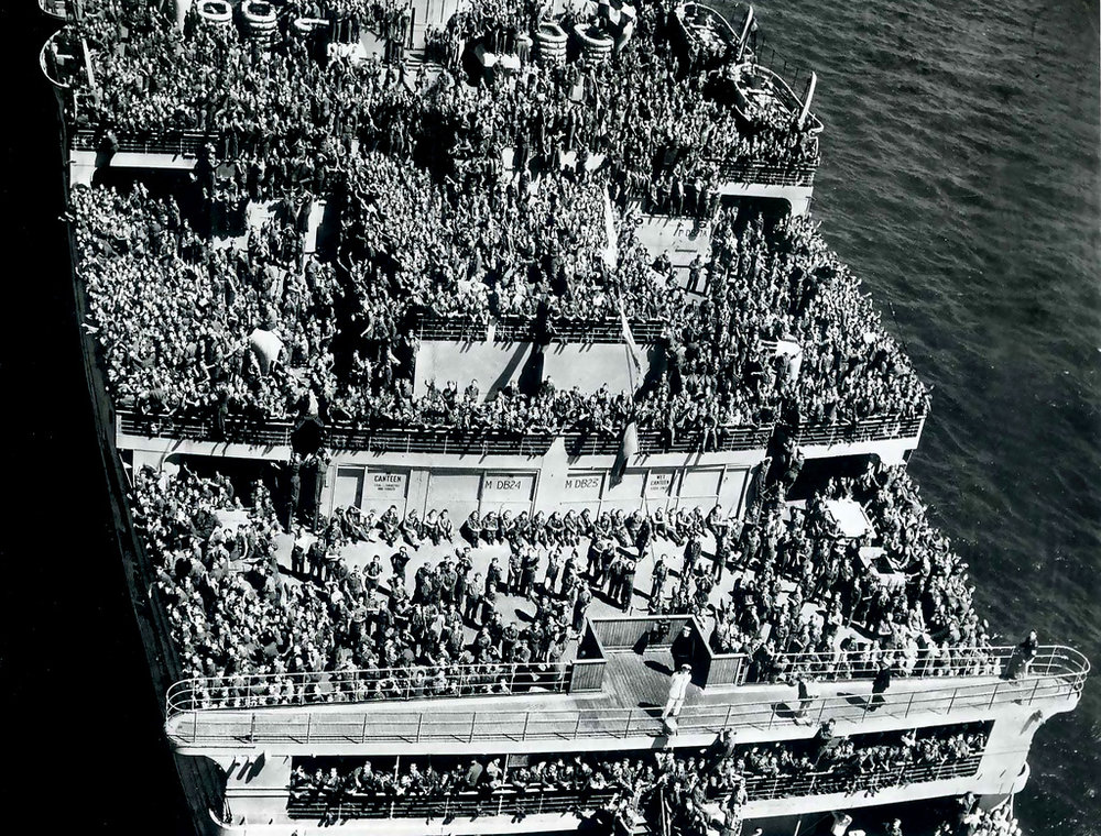Queen Mary WWII New York City.jpg