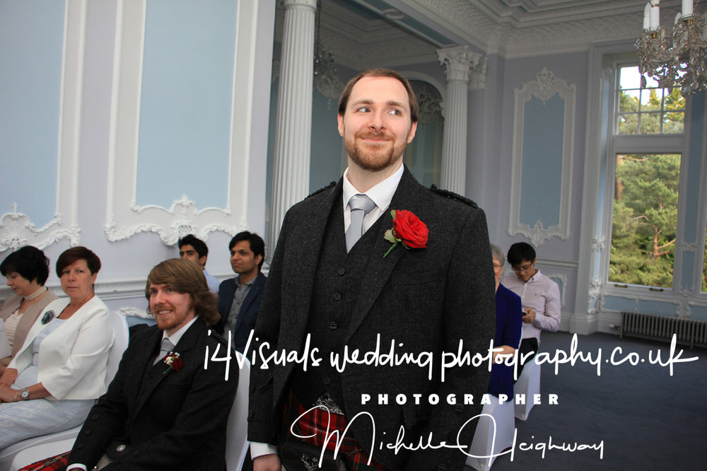 Edinburgh Zoo Wedding Photographer1.jpg