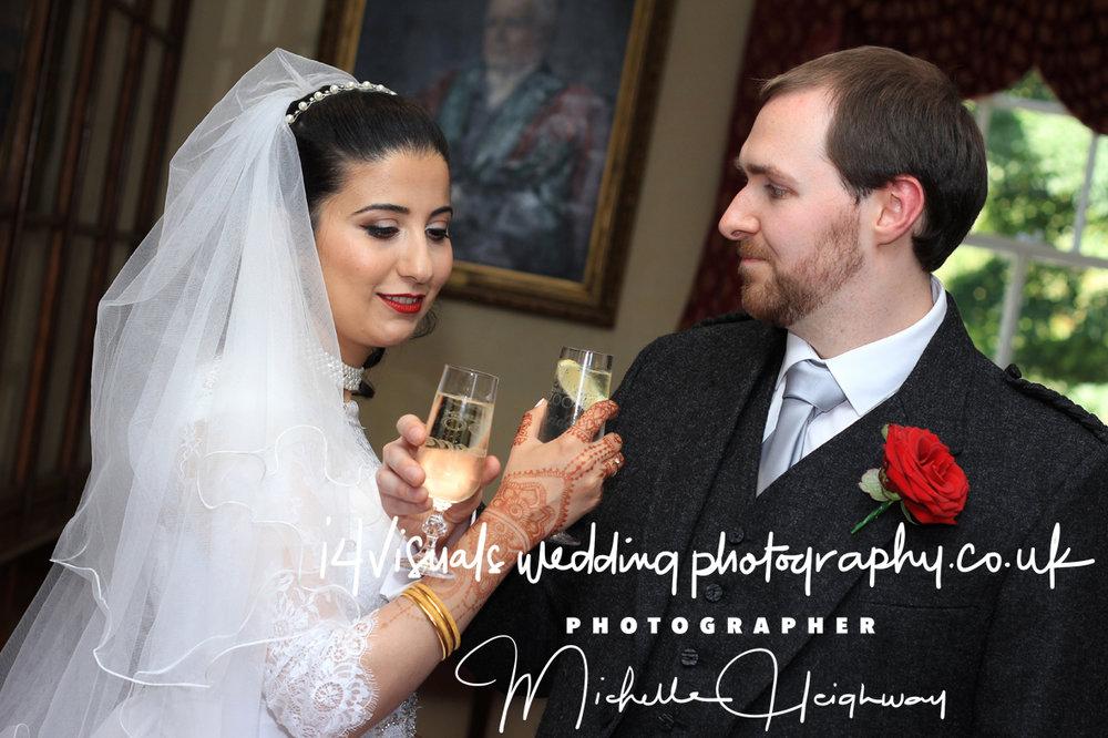 Edinburgh Zoo Wedding Photographer12.jpg