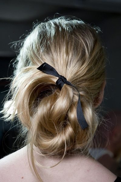 black bow 3.jpg