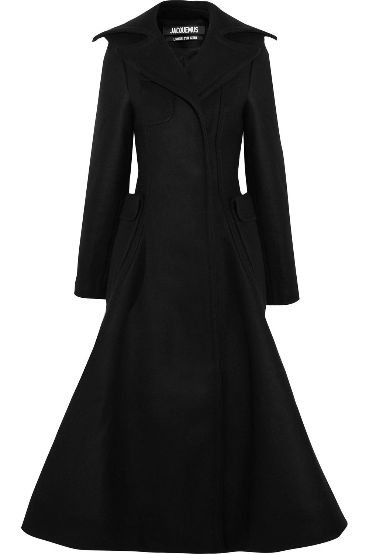jacquemus fluted coat.jpeg