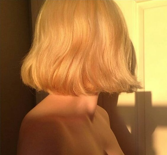 wavy blonde bob.jpg