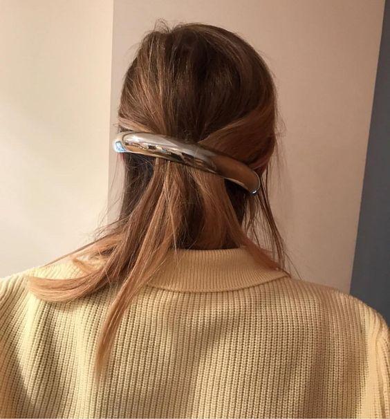 charlotte chesnais clip.jpg