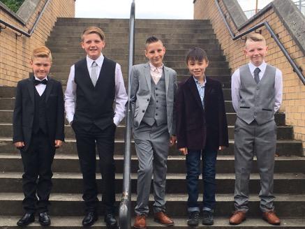 P7 lads on stairs.JPG