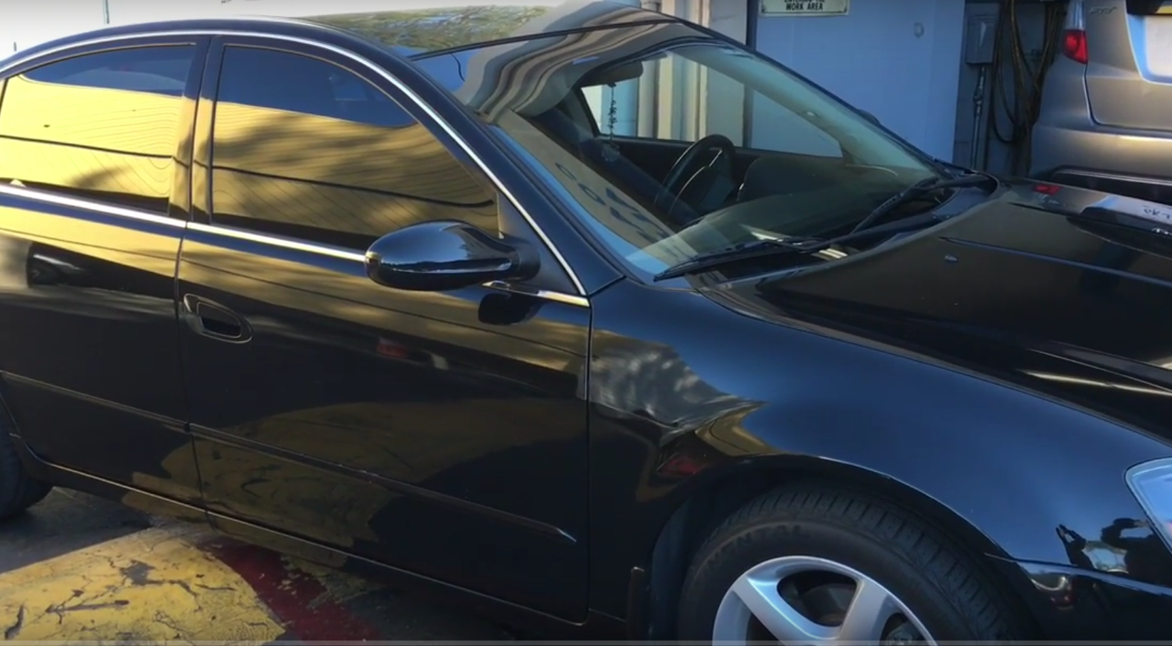 How To Replace The Tail Light Lens On A 2002 2006 Nissan Altima